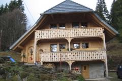 2_Haus außen_1